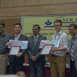 Awardees_Accepting_the_Prize